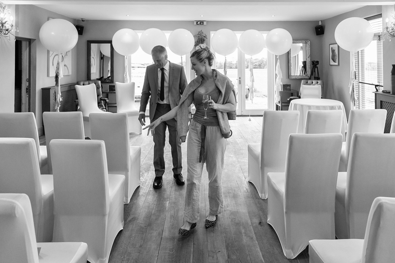 wedding-photographer-wales-stroud-old-lodge-006.jpg