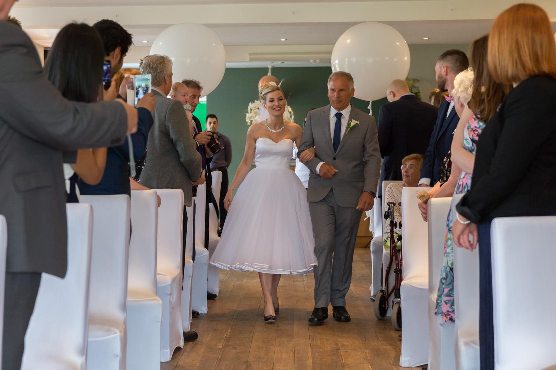 wedding-photographer-wales-stroud-old-lodge-017.jpg