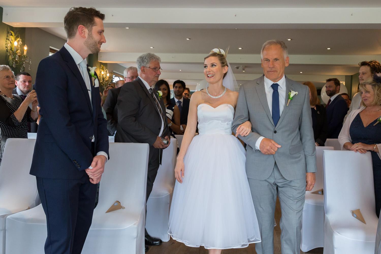 wedding-photographer-wales-stroud-old-lodge-018.jpg