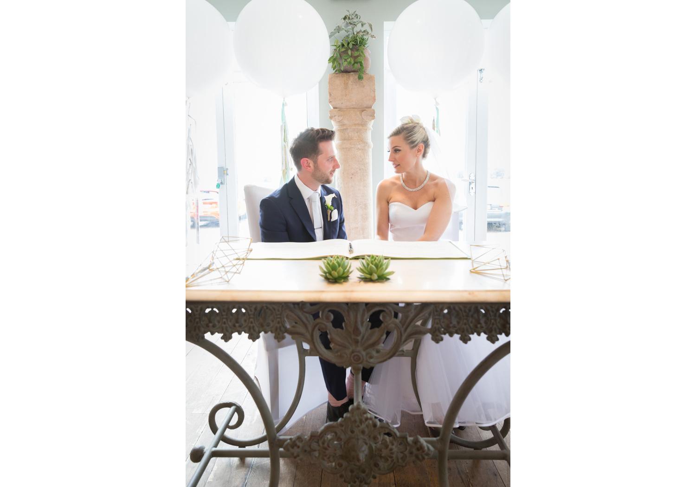 wedding-photographer-wales-stroud-old-lodge-026.jpg