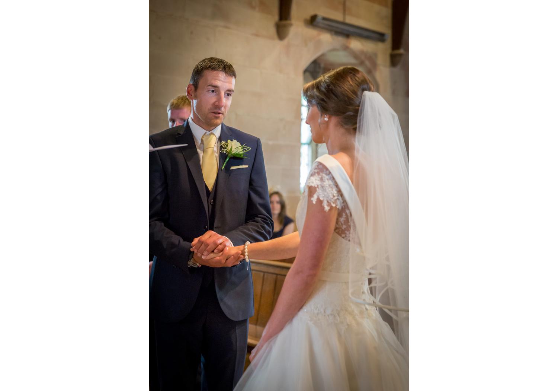barn-brynich-wedding-photographer-brecon-wales-028a.jpg