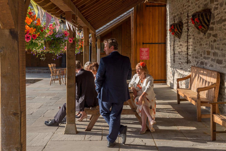 barn-brynich-wedding-photographer-brecon-wales-133.jpg