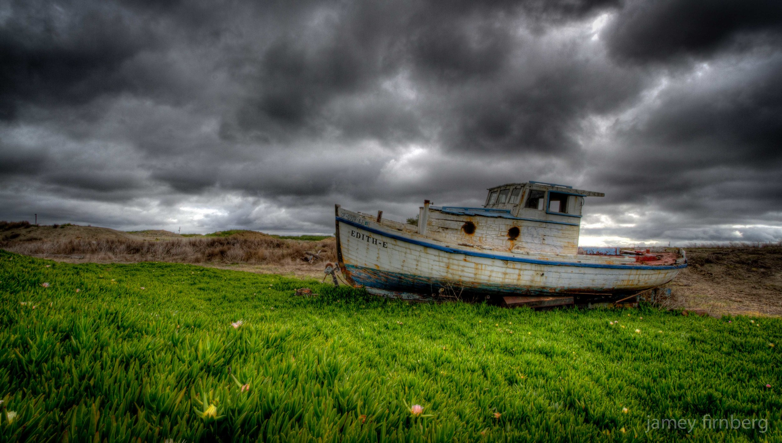 Sonoma_Boat-3.jpg