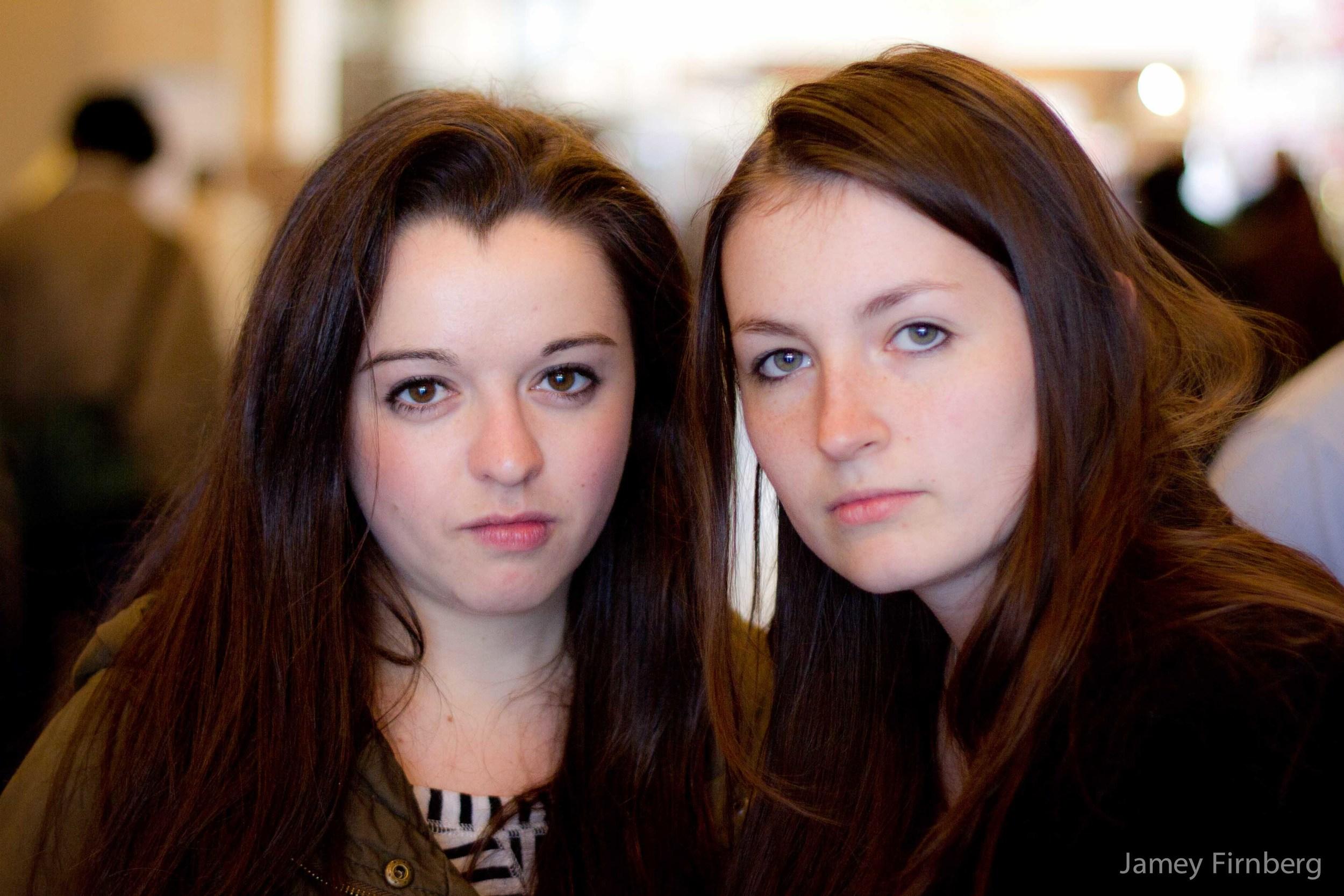 Two Girls at Pepples-5.jpg