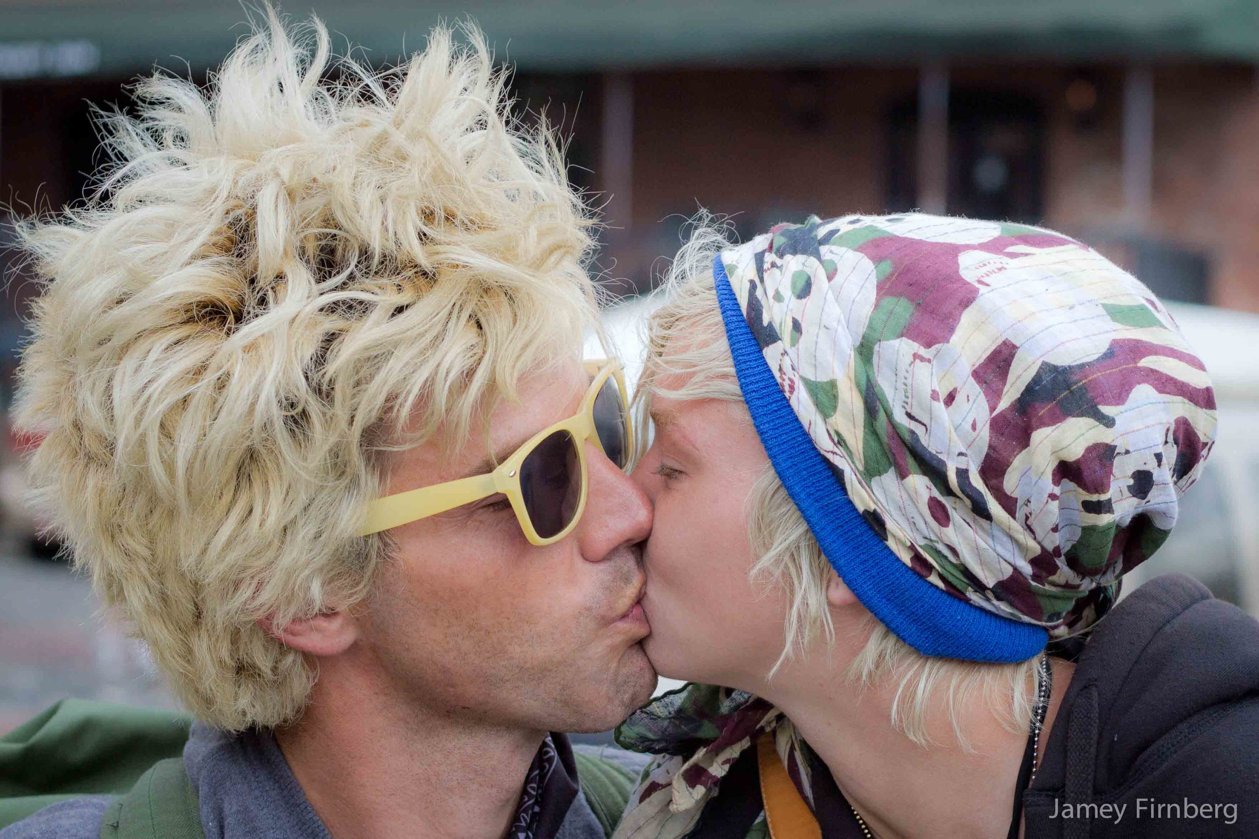 Couple on Savannah Riverwalk-3.jpg