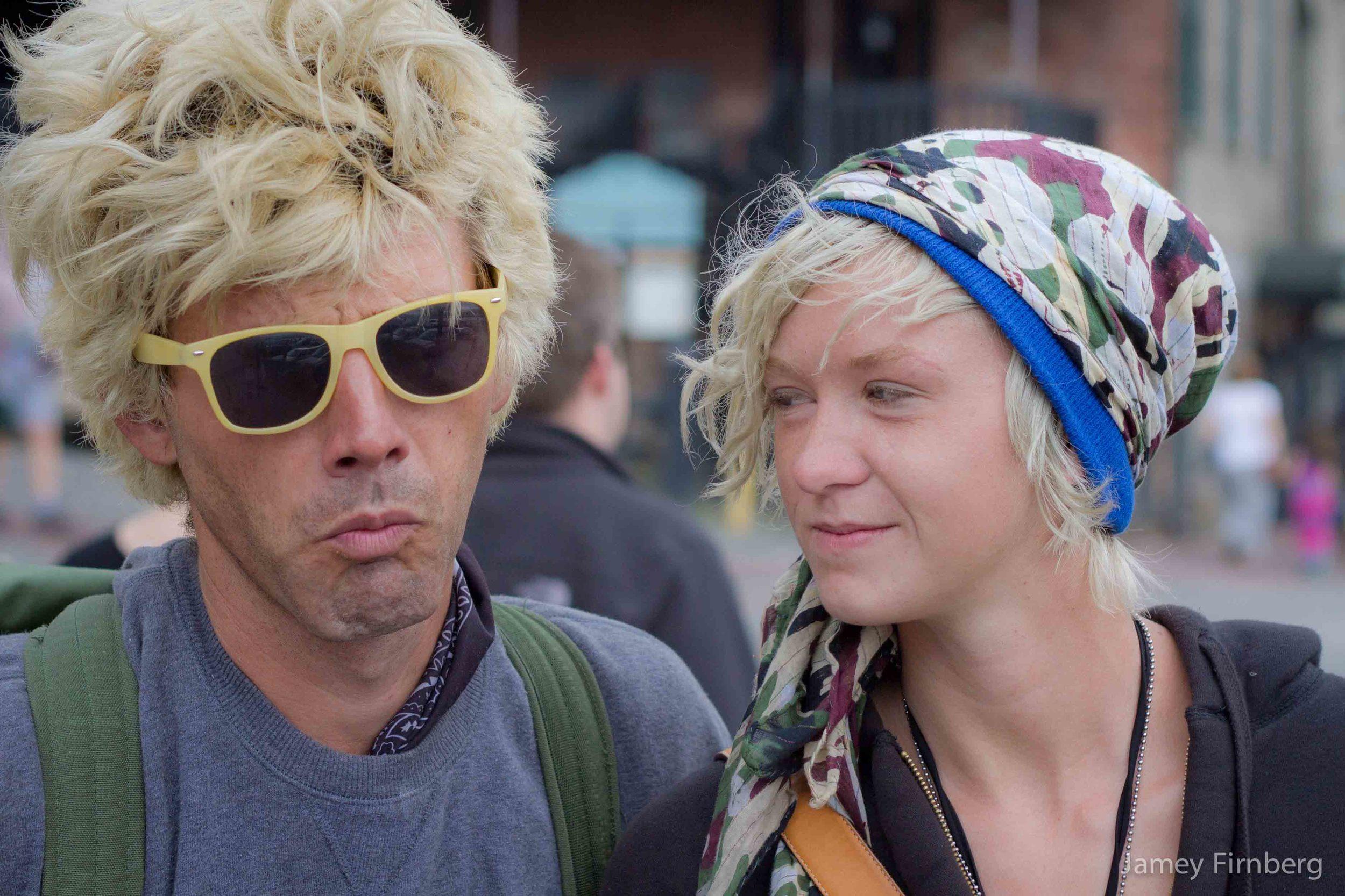 Couple on Savannah Riverwalk-7.jpg