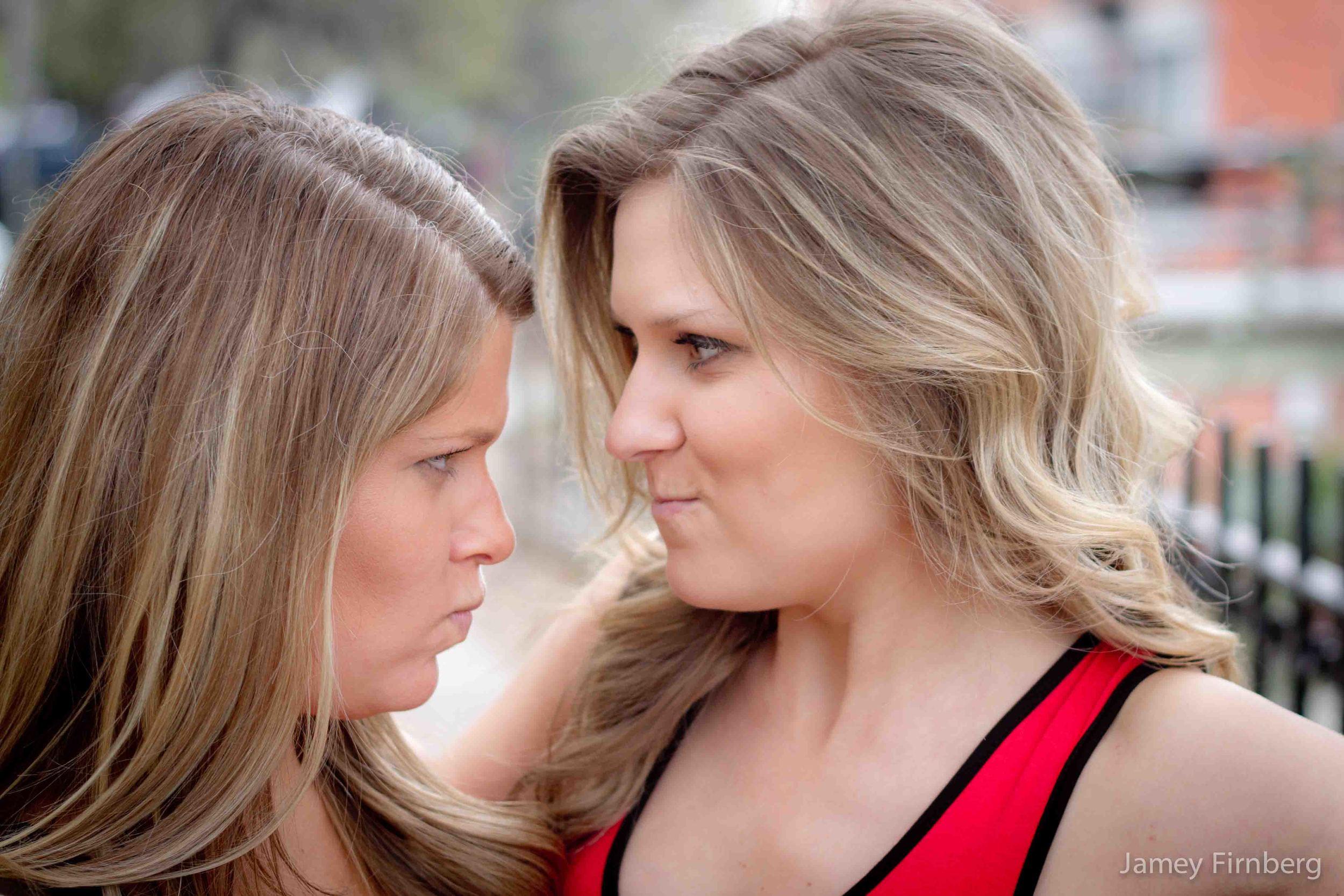 Sisters in Savannah-3.jpg