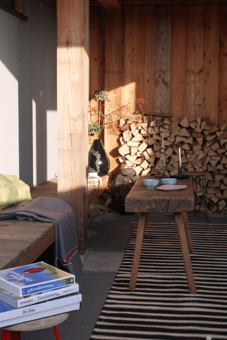 houten veranda van lariks