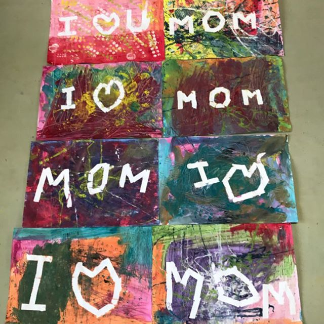 Happy Mother's Day to all you amazing, beautiful moms💕💕