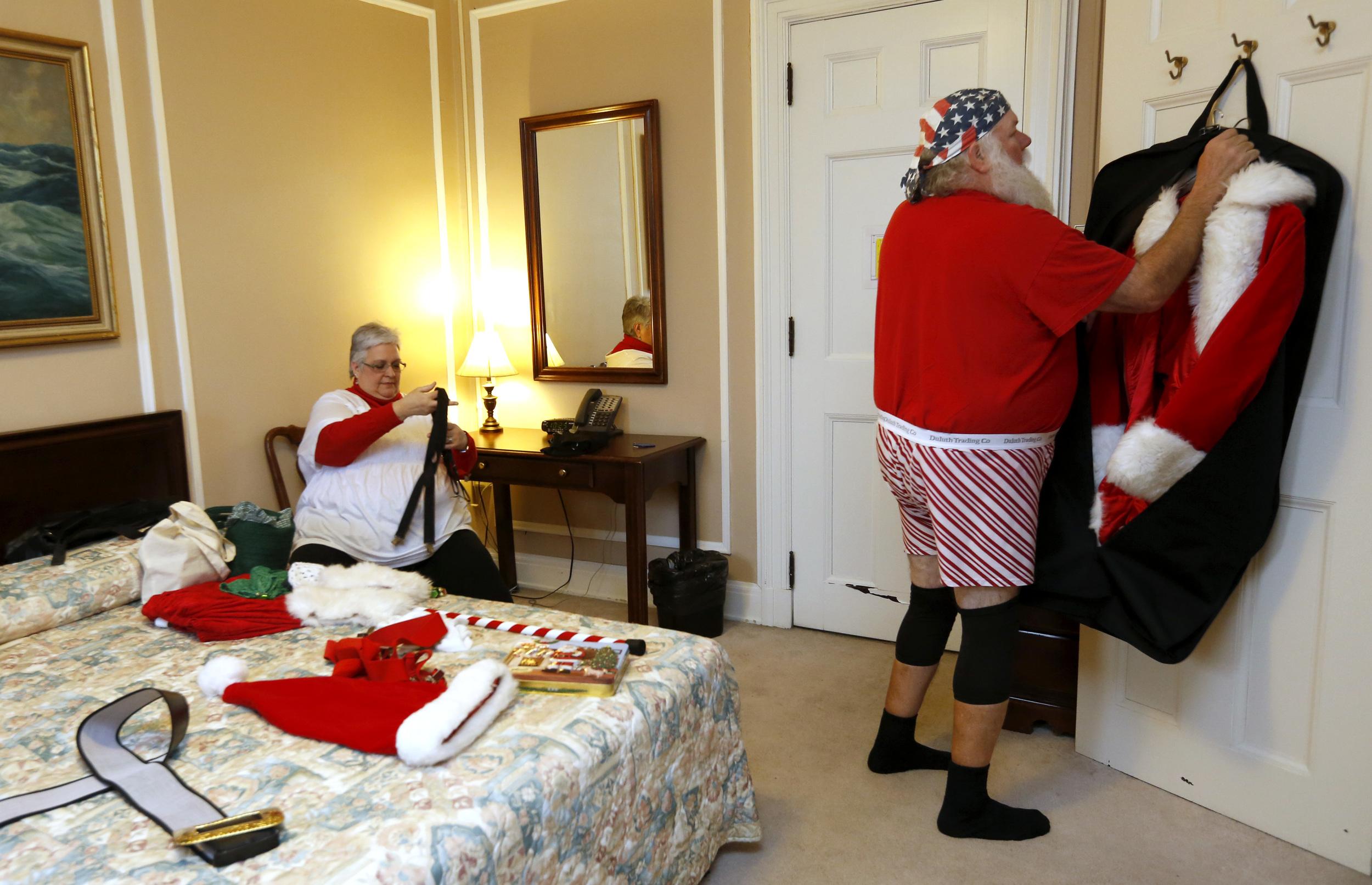 Mrs. Claus and Santa Ric