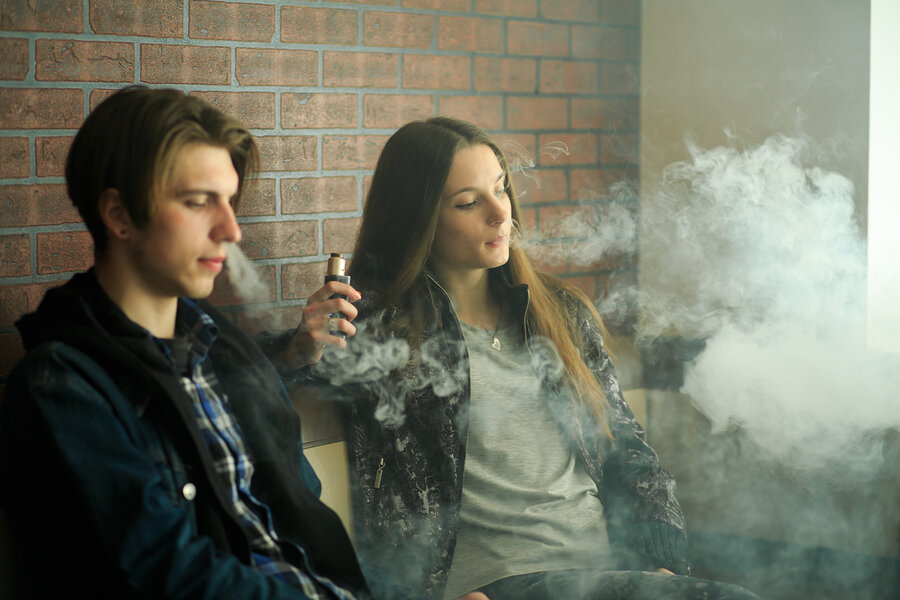 bigstock-Vape-Teenagers-Young-Cute-Gir-295934284.jpg
