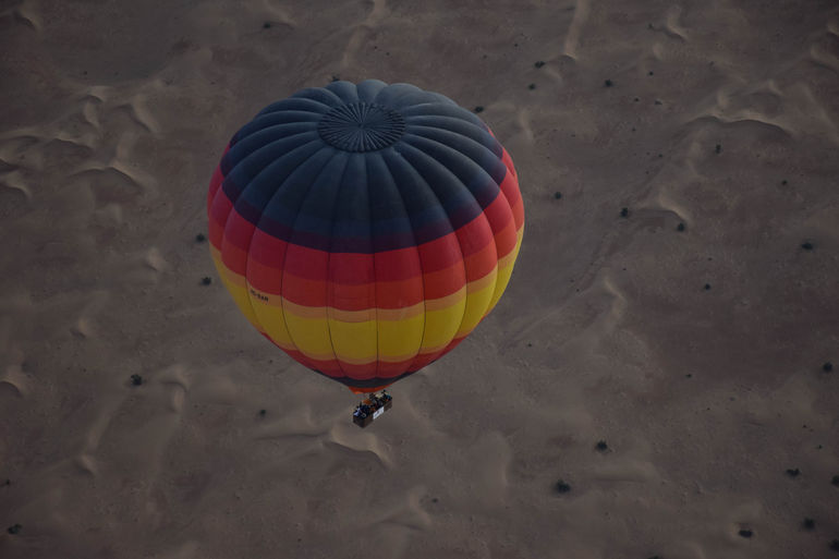 Ballooning over the Desert