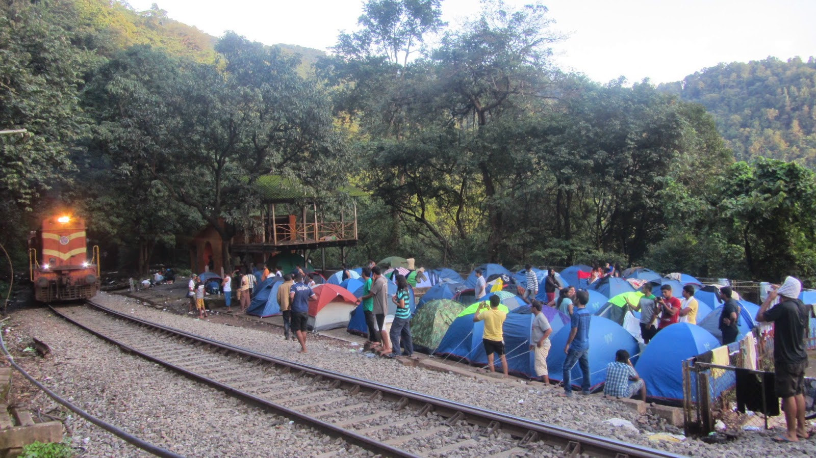 Camping area across the railway track, Dudhsagar Falls Image Credit: thetravelreminiscences
