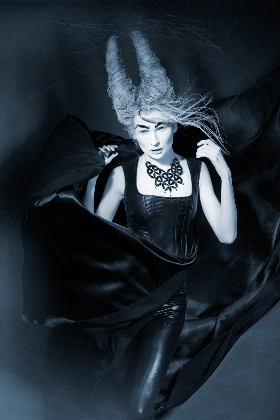 Los-Angeles-Fashion-Photographer-Avant-Garde 12.jpg