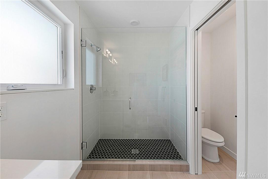 Bathroom_Master3.jpg