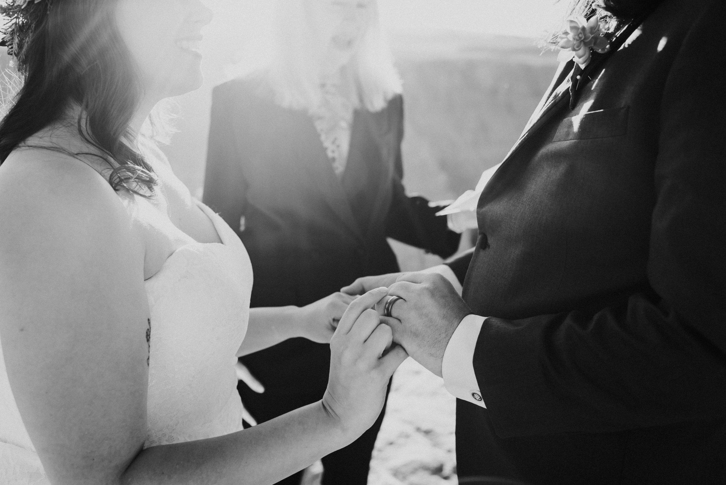 oregon arizon california utah georgia nontraditional adventure wedding elopement photographer-431.jpg