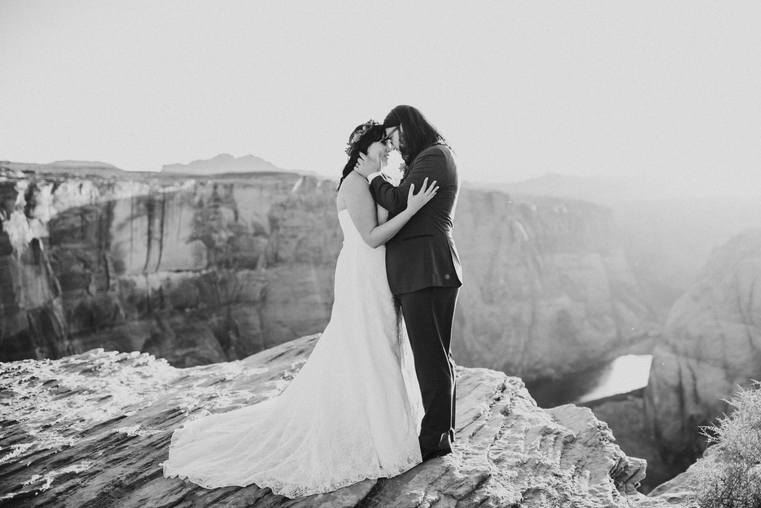 oregon arizon california utah georgia nontraditional adventure wedding elopement photographer-523.jpg
