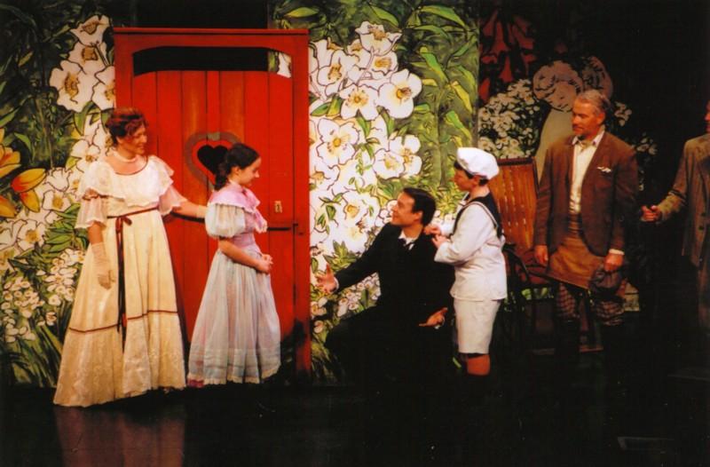 Bronwyn Powell-Wasse (Lily Craven), Melissa Peters (Mary Lennox), James Dundass (Archibald Craven), Scott Morasch (Colin Craven), Robert Bailey (Ben Weatherstaff)