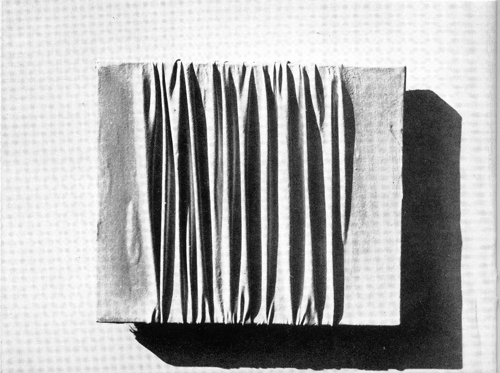 Piero Mnazoni - Galleria de foscherari 1974 .jpg