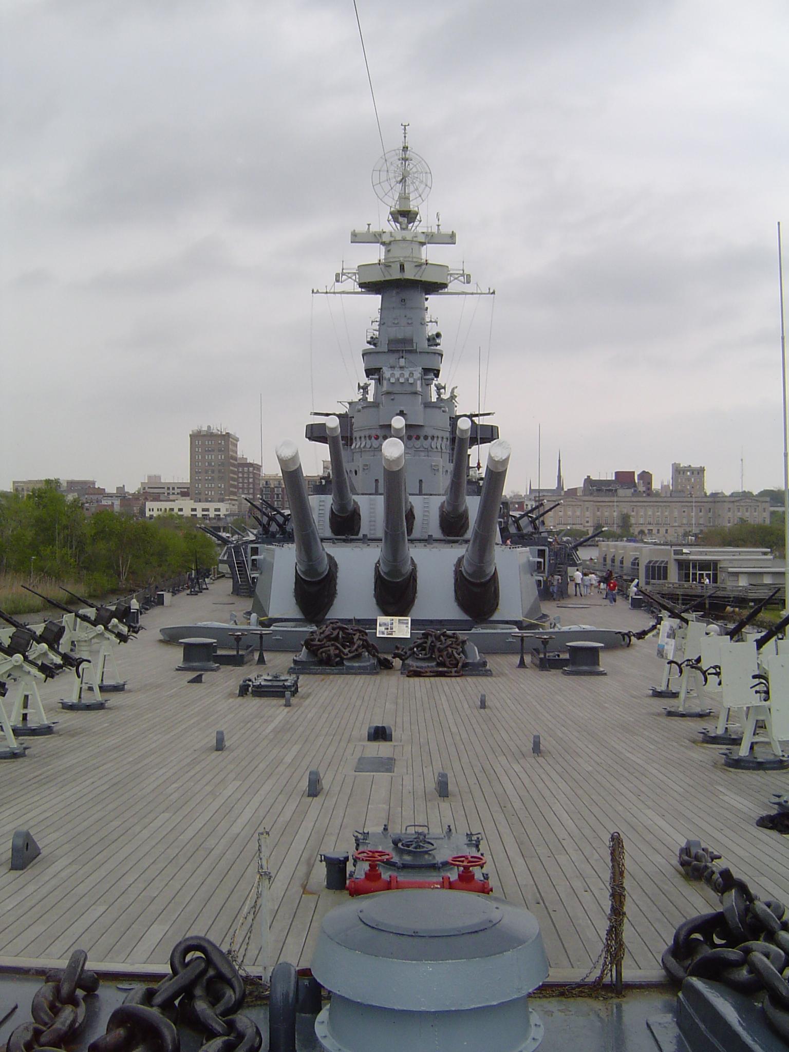 USS_North_Carolina_BB-55-2.jpg
