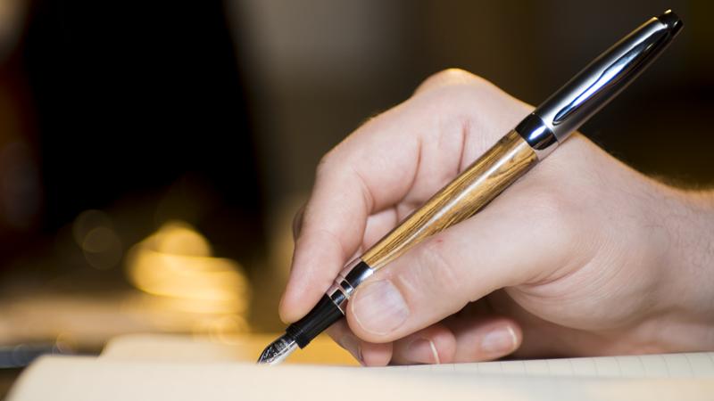 Model F - Sleek fountain pen.