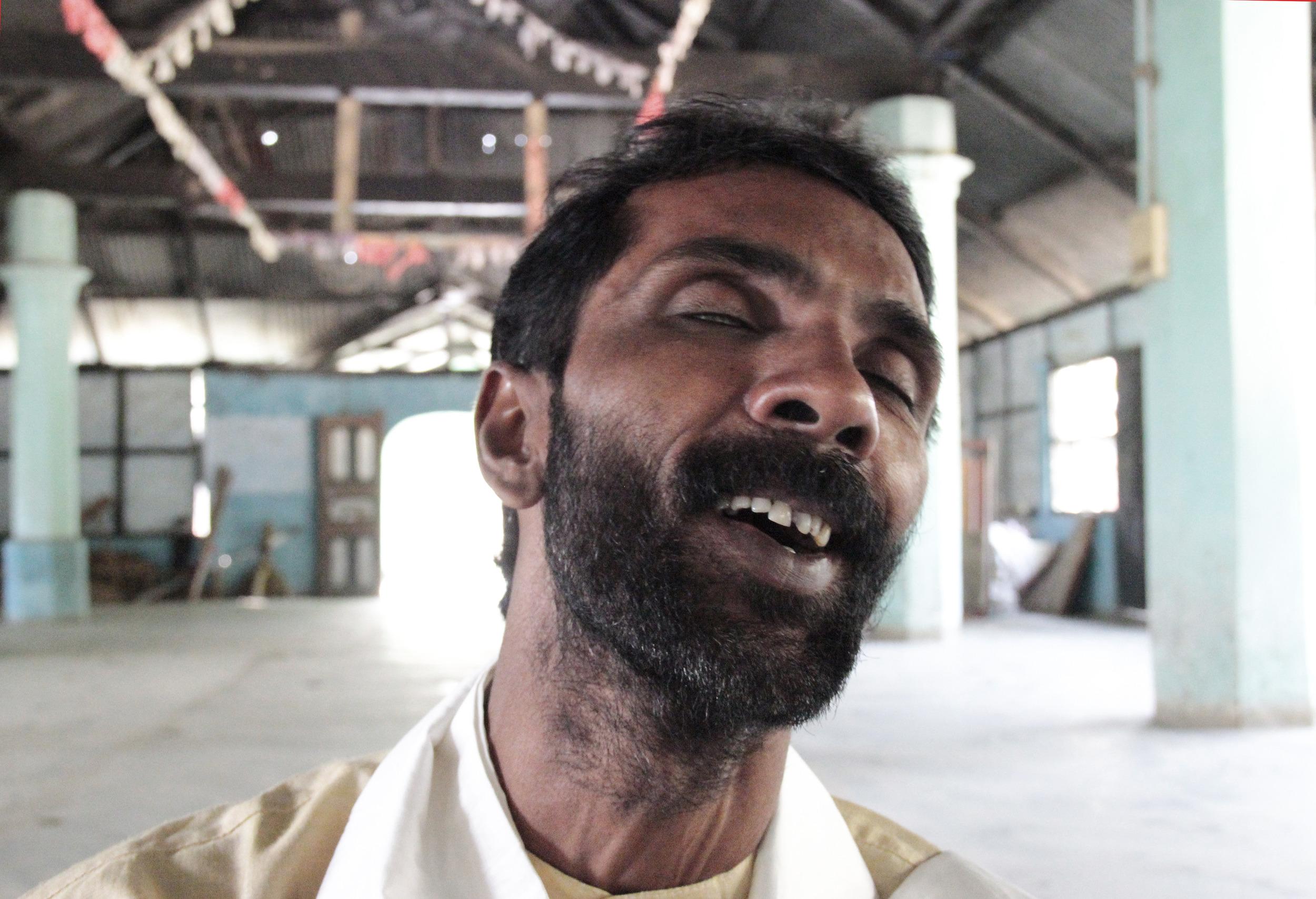 Bishnu Das (singer), Majuli Island, January 2014 © Edith Nicol