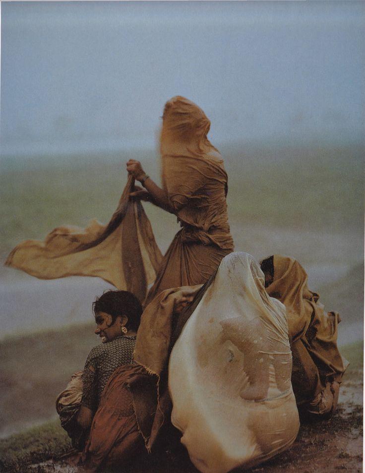 Monsoon Rains, Monghyr, Bihar, 1967 © Raghubir Singh