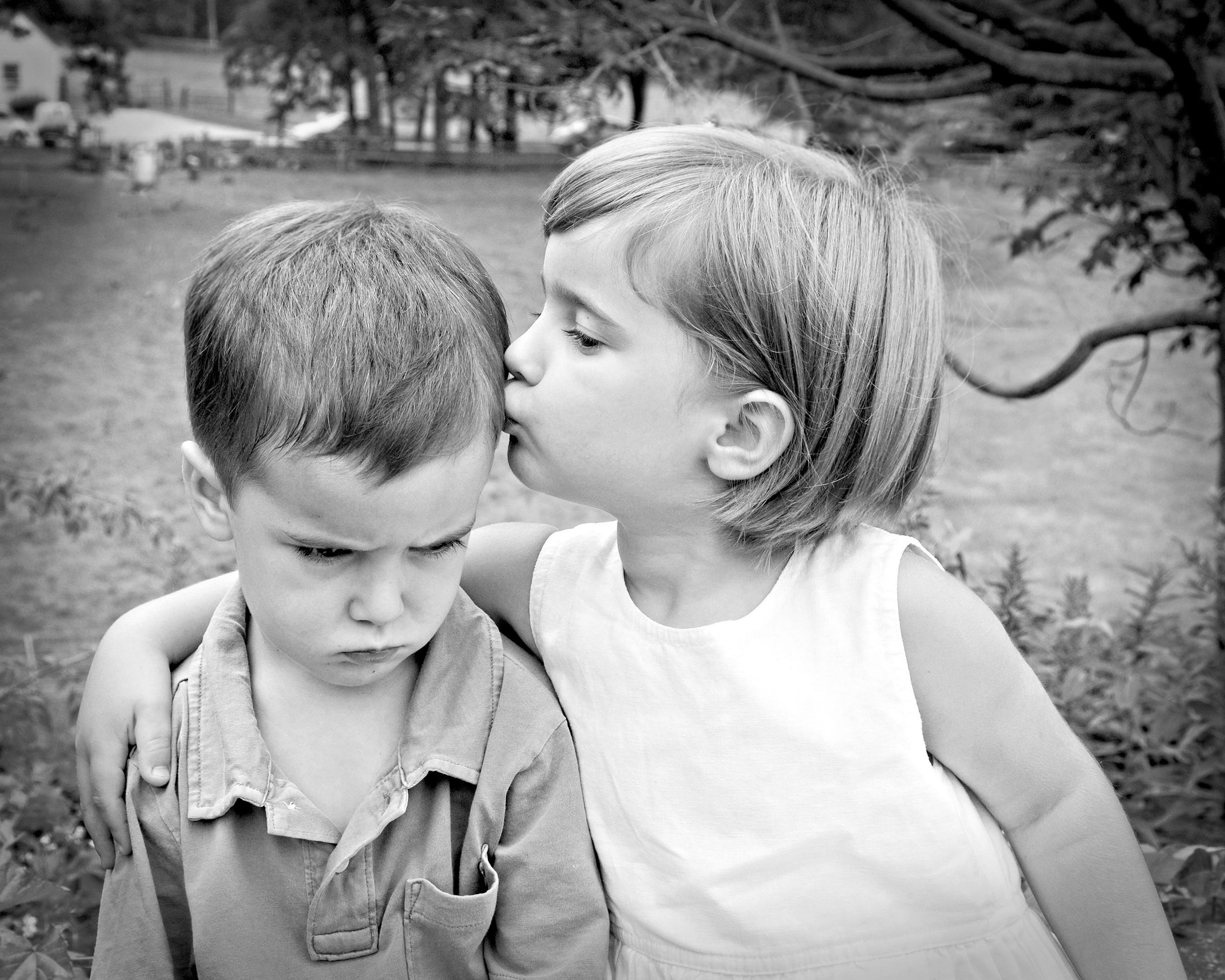 San Ramon Family Photographer ©ninapomeroy.com siblings children families