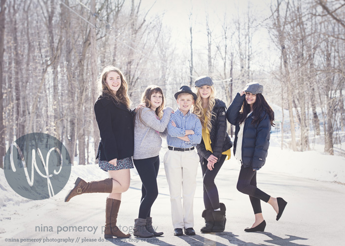 outdoor winter teen kids photos ninapomeroy.com