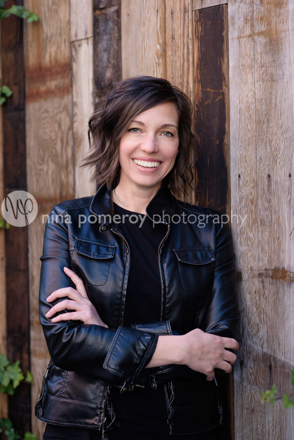 singer-headshot-nina-pomeroy-danville-photographer.jpg