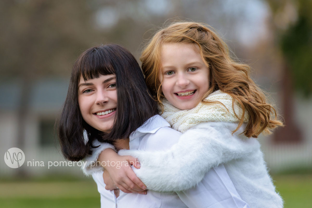 sibling fun relaxed portraits by nina pomeroy photography in san ramon