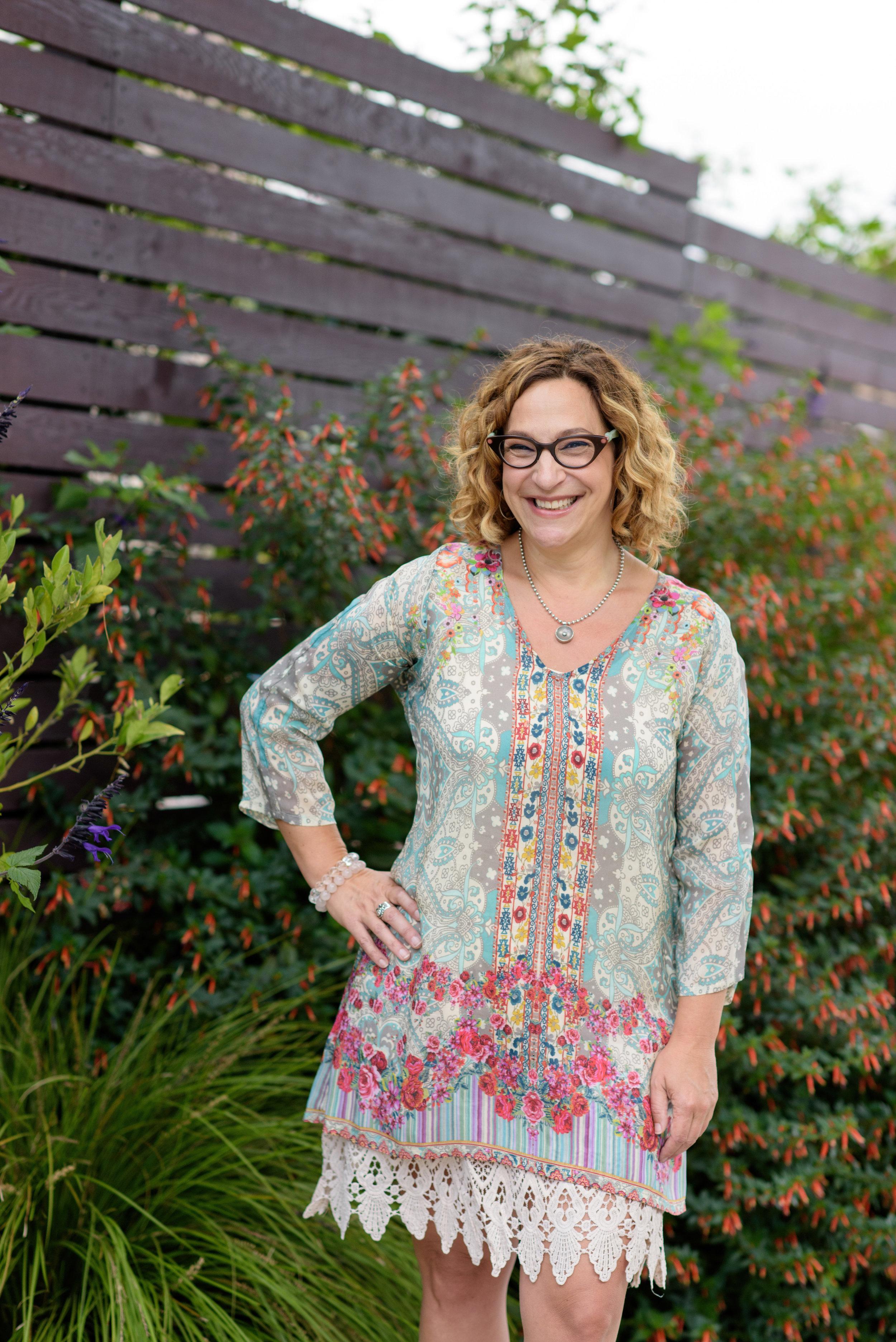 Oakland Headshot Branding photographer Nina Pomeroy