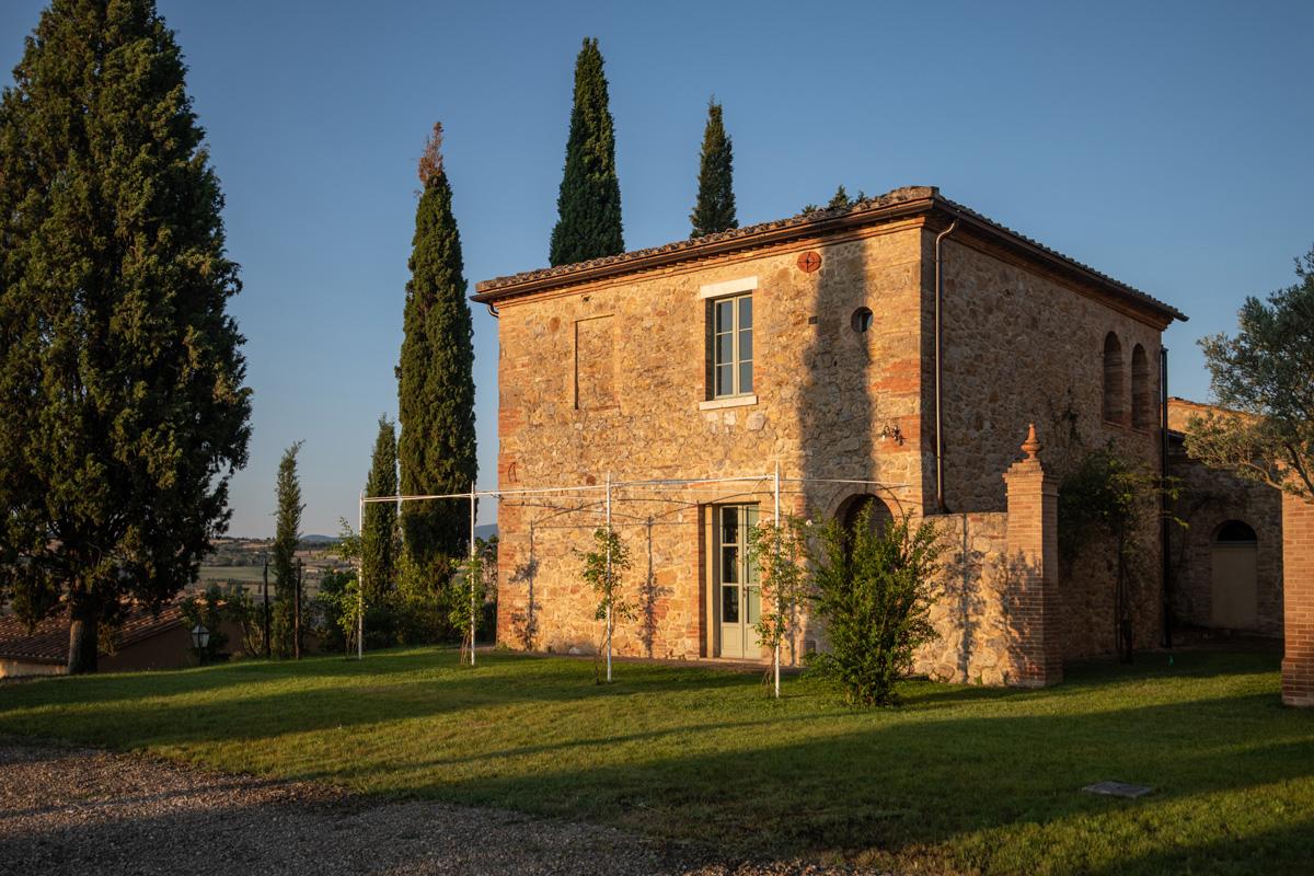 202-ninapomeroyphoto-tuscan-villa-property-photography.jpg