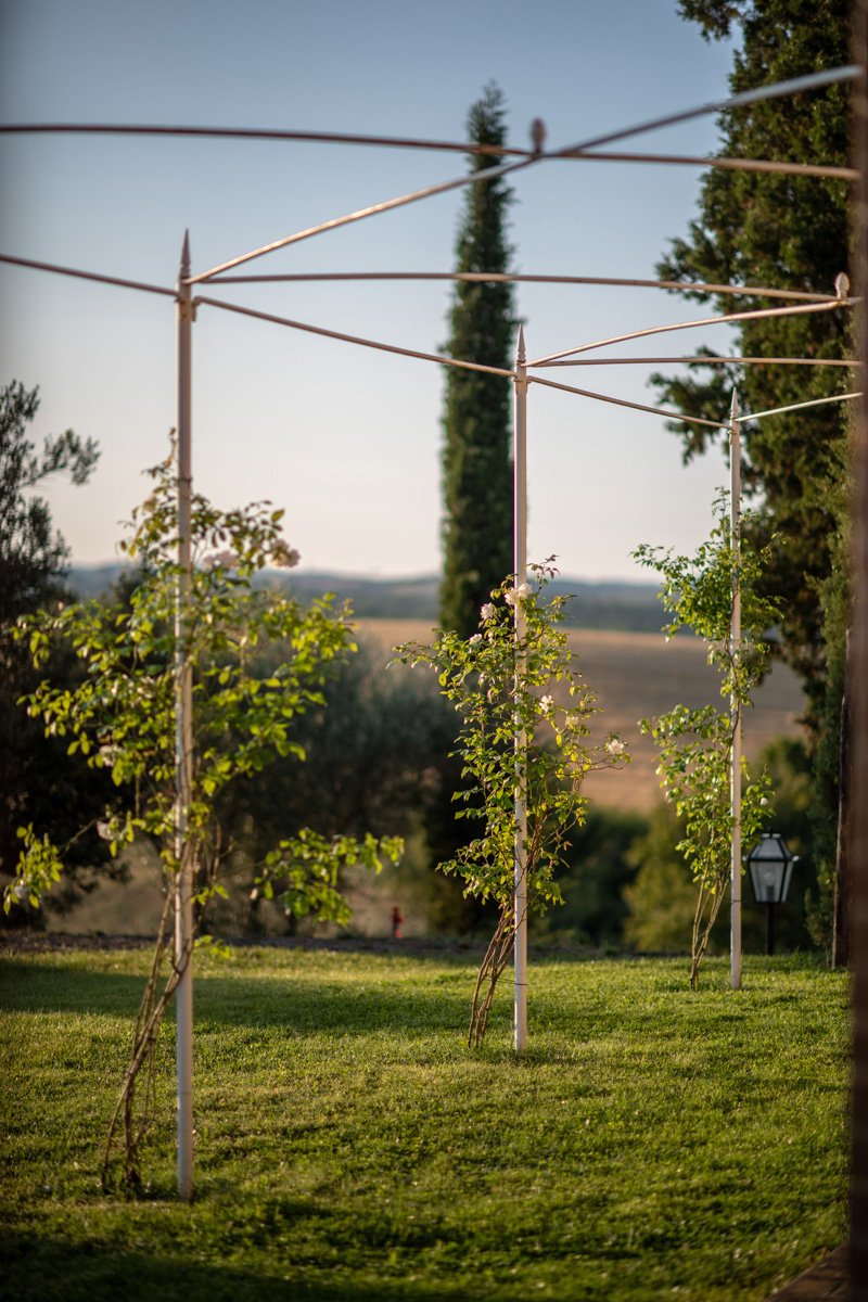 204-ninapomeroyphoto-tuscan-villa-property-photography.jpg