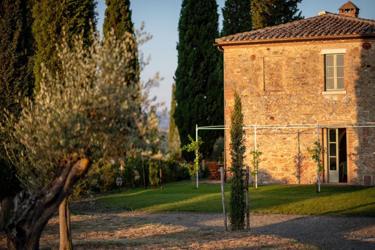 201-ninapomeroyphoto-tuscan-villa-property-photography.jpg