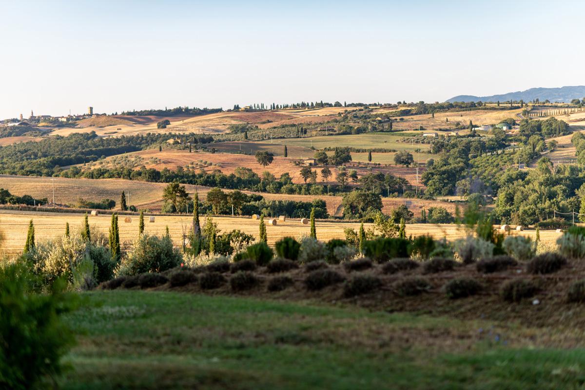 205-ninapomeroyphoto-tuscan-villa-property-photography.jpg