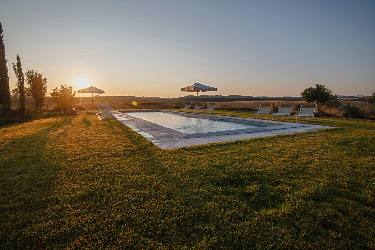 210-ninapomeroyphoto-tuscan-villa-property-photography.jpg