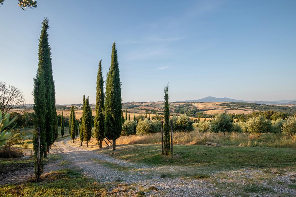 215-ninapomeroyphoto-tuscan-villa-property-photography.jpg