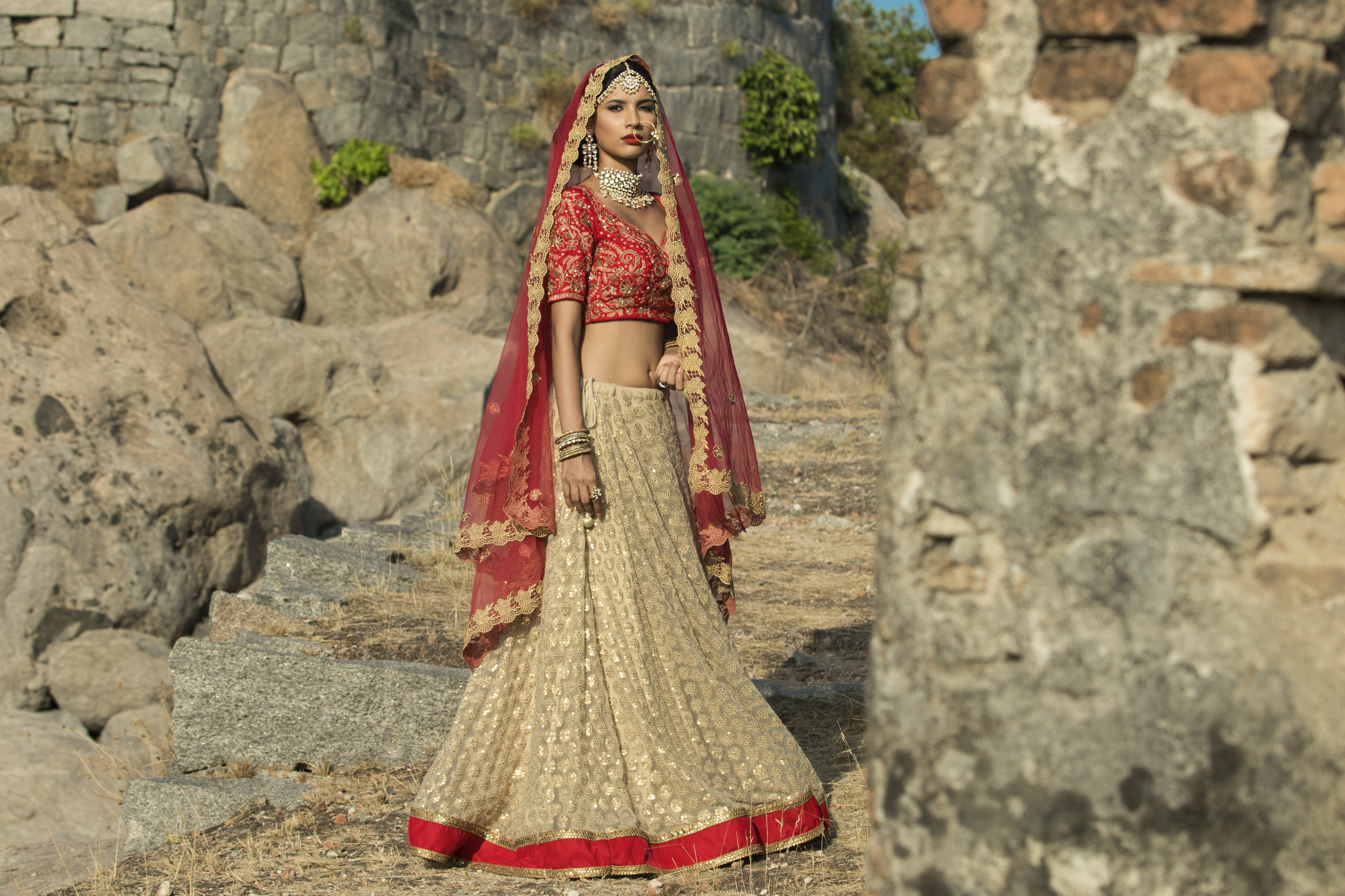 Classic North Indian Bridal Look (14).jpg
