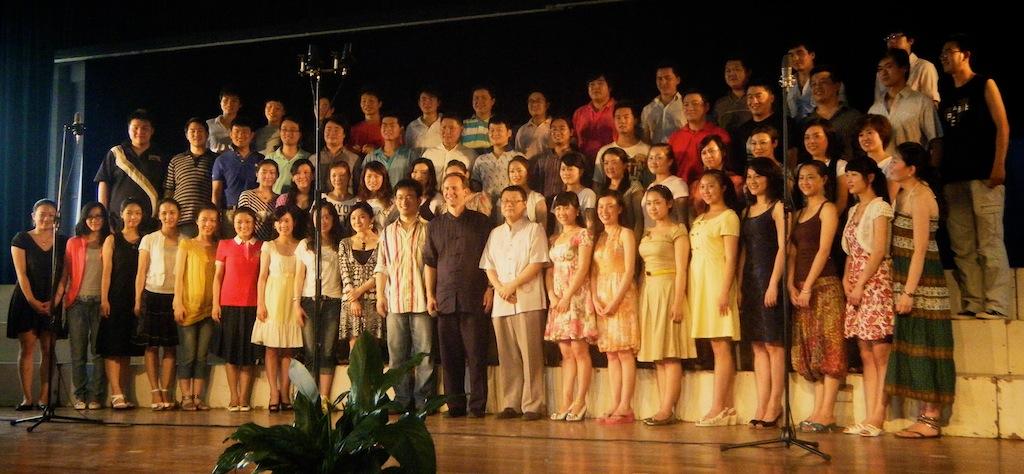 White-and-Yunnan-Arts-University-Student-Choir.jpg