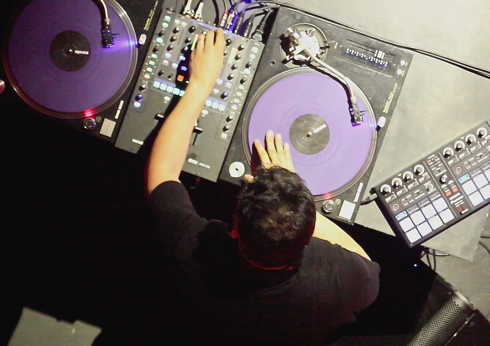 MixMasterMike1.jpg