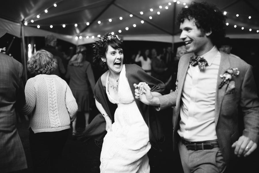 Chelsea + Zach's Wedding (www.lydiajane.com)
