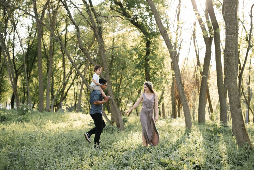 Brit + Jonathan ; Engagement Photography by Lydia Jane (www.lydiajane.com)