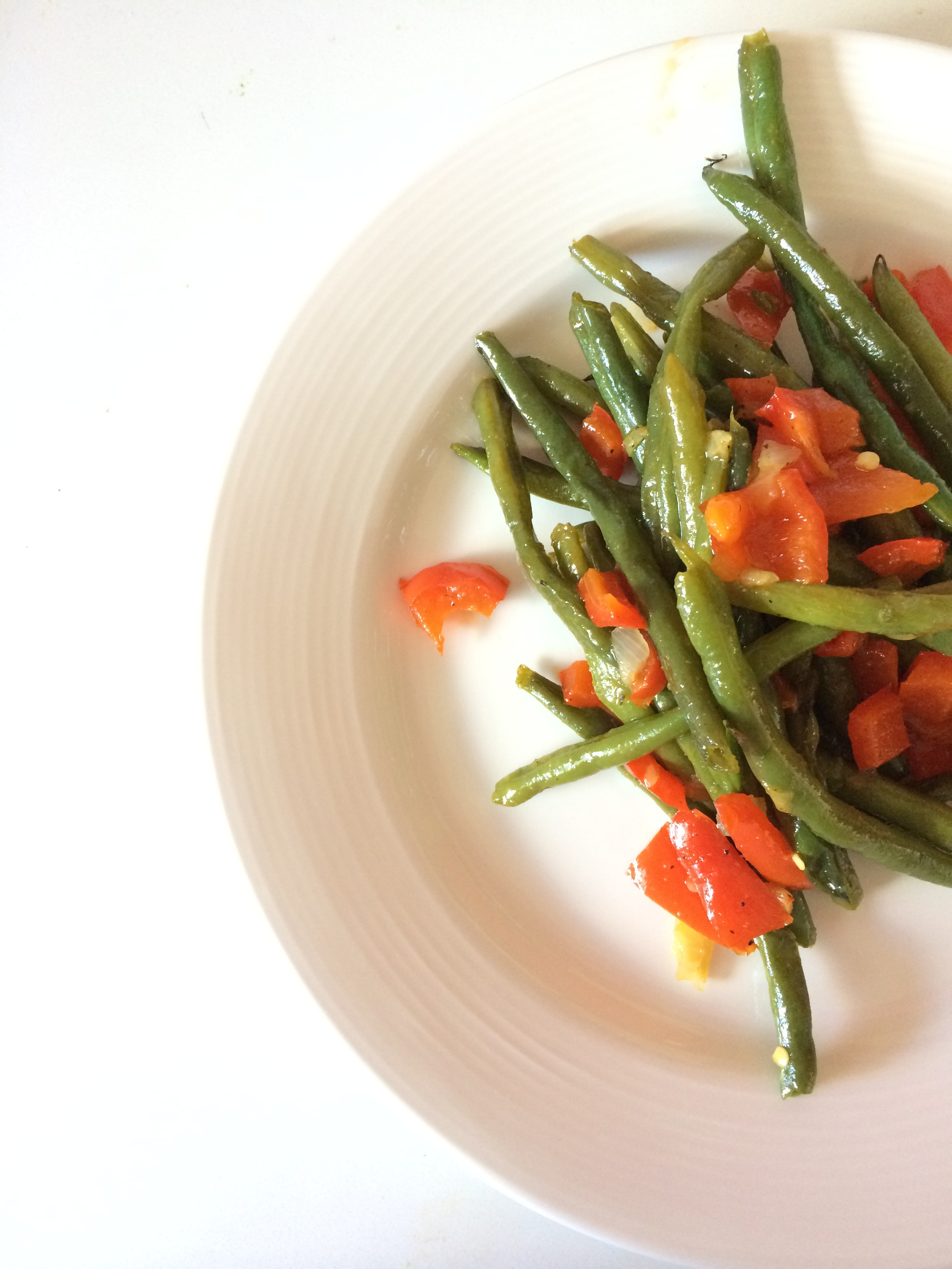 My CSA has brought an abundance of green beans. I made  The Pioneer Woman's recipe  but substituted the bacon fat for coconut oil. It was so good, I had seconds and made them again for dinner. (insert wide eyed emoji)