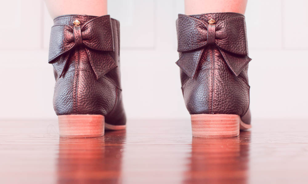 Gwynniebee and Kate Spade boots on ourcitylights.jpg