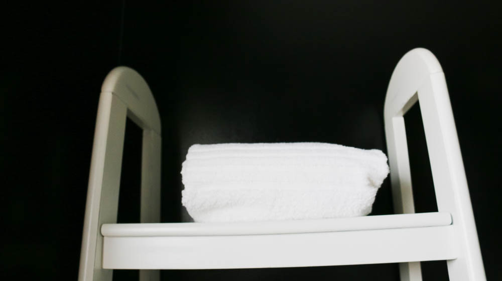 bathroom renovation on ourcitylights-10.jpg