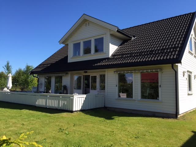 Irene Amundsen Jøndal - Dal 12.jpg