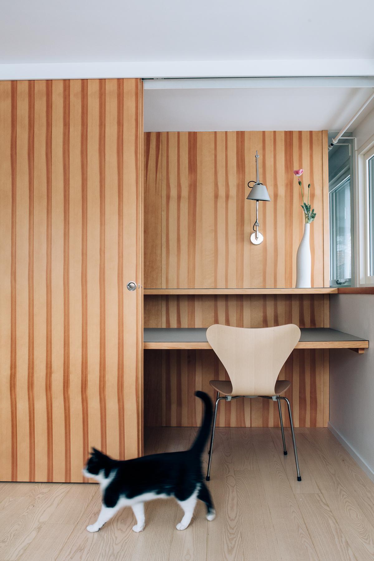 Kontoret er et godt eksempel på hvordan Knut Hjeltnes skaper en ryddig struktur i hjemmet.