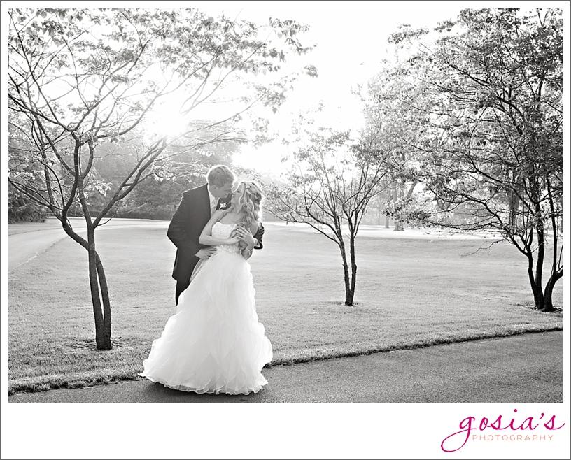 Saint-Joseph-wedding-ceremony-North-Shore-Golf-Club-reception-Menasha-wedding-photographer-Gosias-Photography-Krystle-Ryan-_0042.jpg