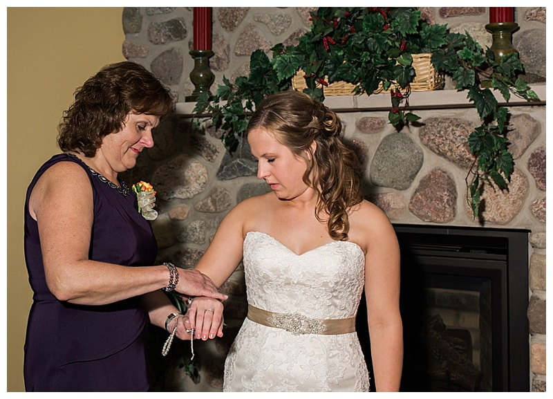 Appleton-wedding-Green-Bay-photographer-favorite-moments-best-of-2015-Gosias-Photography-getting-ready-details-074.jpg